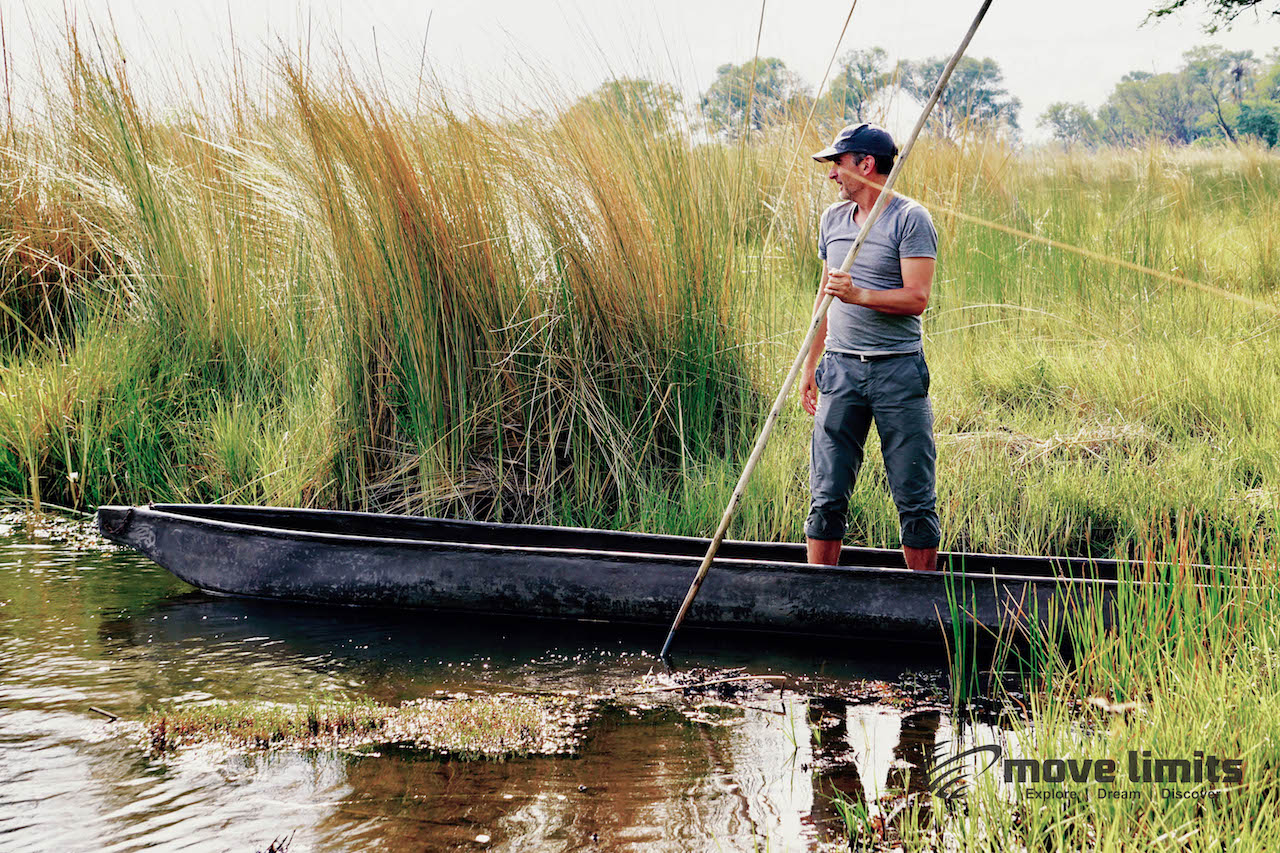 Zwei Tage im Delta des Okavango in Botswana - Thomas im Mokoro - movelimits.de