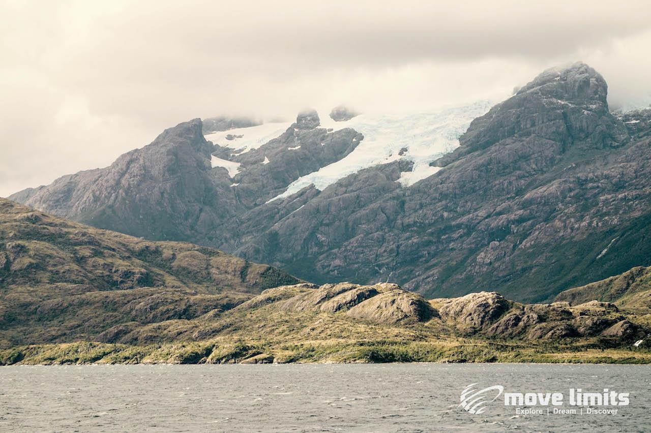 Gletscherblick_Kreuzfahrt in Patagonien_movelimits.de