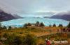 Perito Moreno Gletscher in Argentinien - Blick ueber Stege und Gletscher - movelimits.de