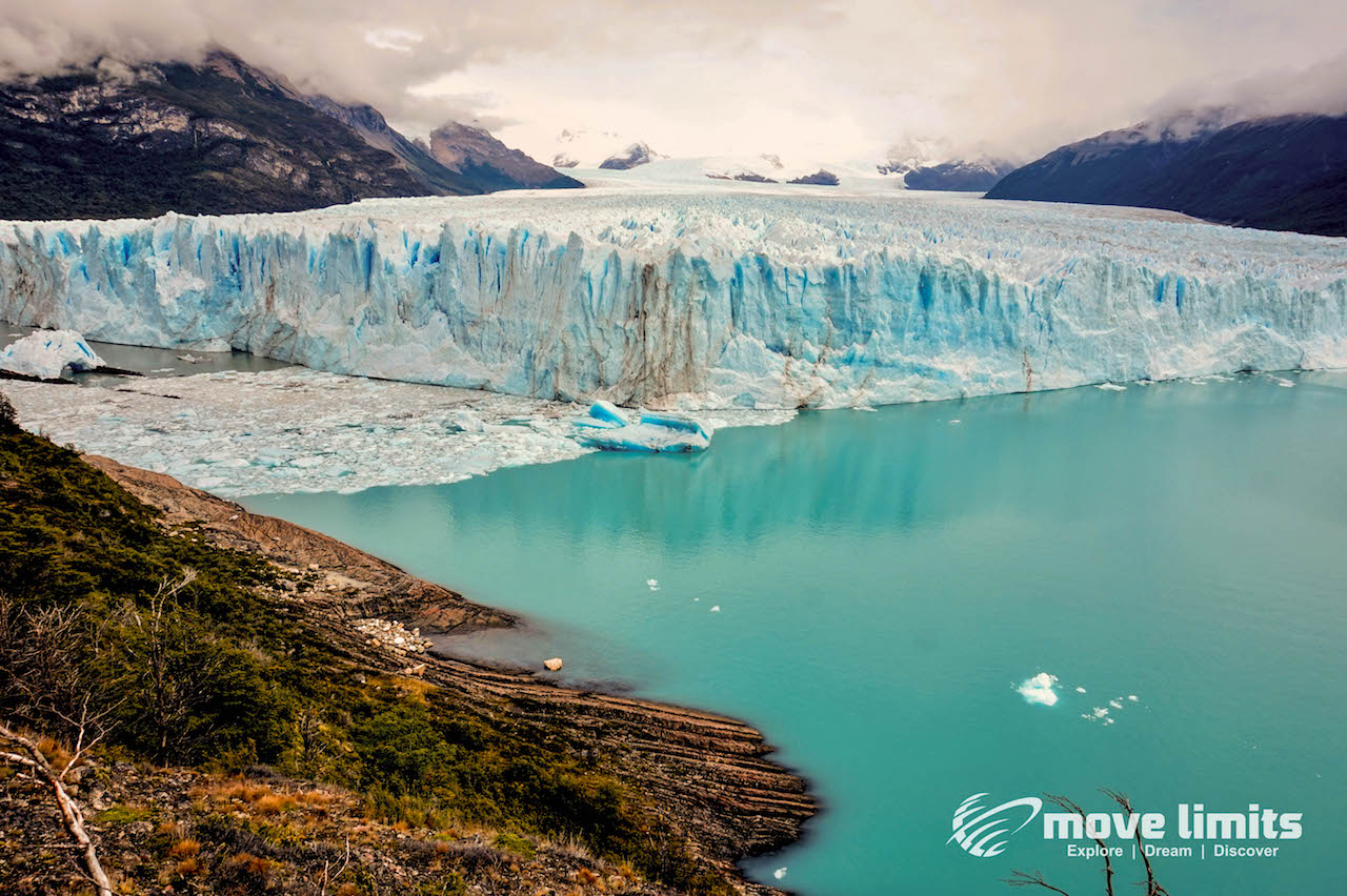 Perito Moreno Gletscher in Argentinien - Gesamtansicht - movelimits.de
