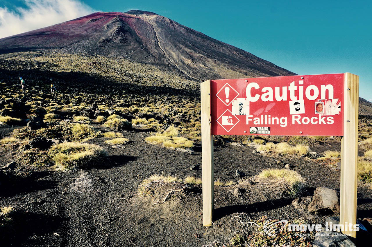 Tongariro Crossing - Der schoenste Day Walk in Neuseeland - Aufstieg zum Vulkan Ngauruhoe
