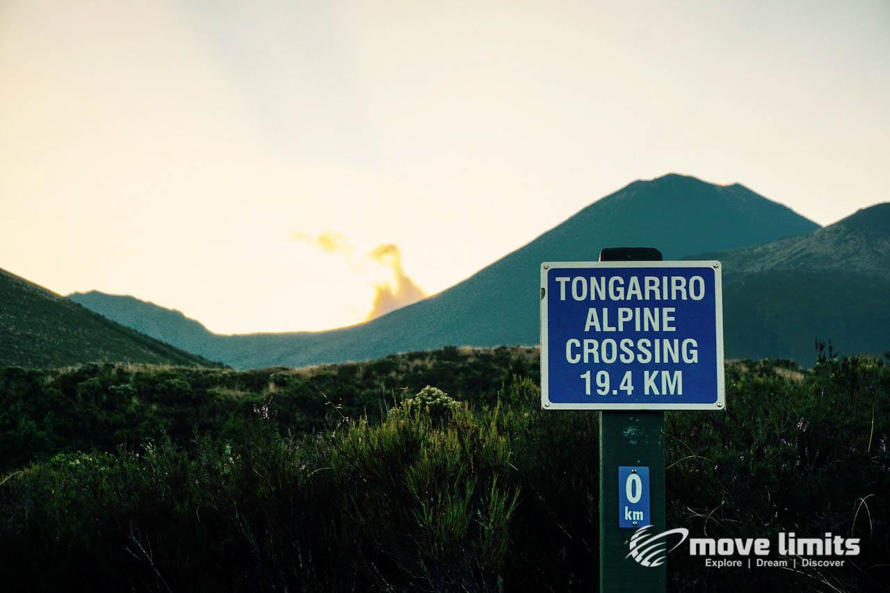 Tongariro Crossing - Der schoenste Day Walk in Neuseeland - Wolkenloch - movelimits.de