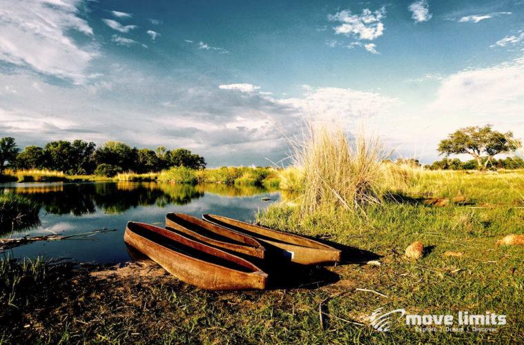 Zwei Tage im Delta des Okavango in Botswana - Mokoros am Okavango - movelimits.de