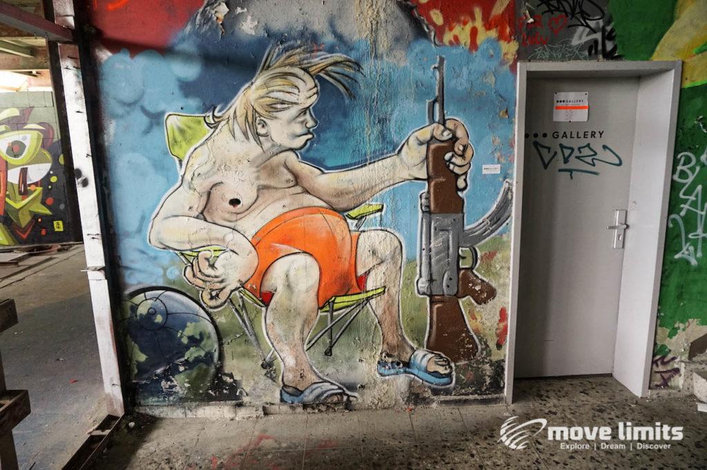 Abhörstation Teufelsberg Berlin - Kalter Krieg und Graffiti - movelimits.de - Blondi