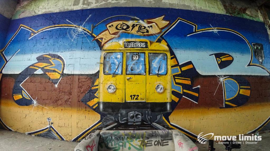 Abhörstation Teufelsberg Berlin - Kalter Krieg und Graffiti - movelimits.de - U-Bahn