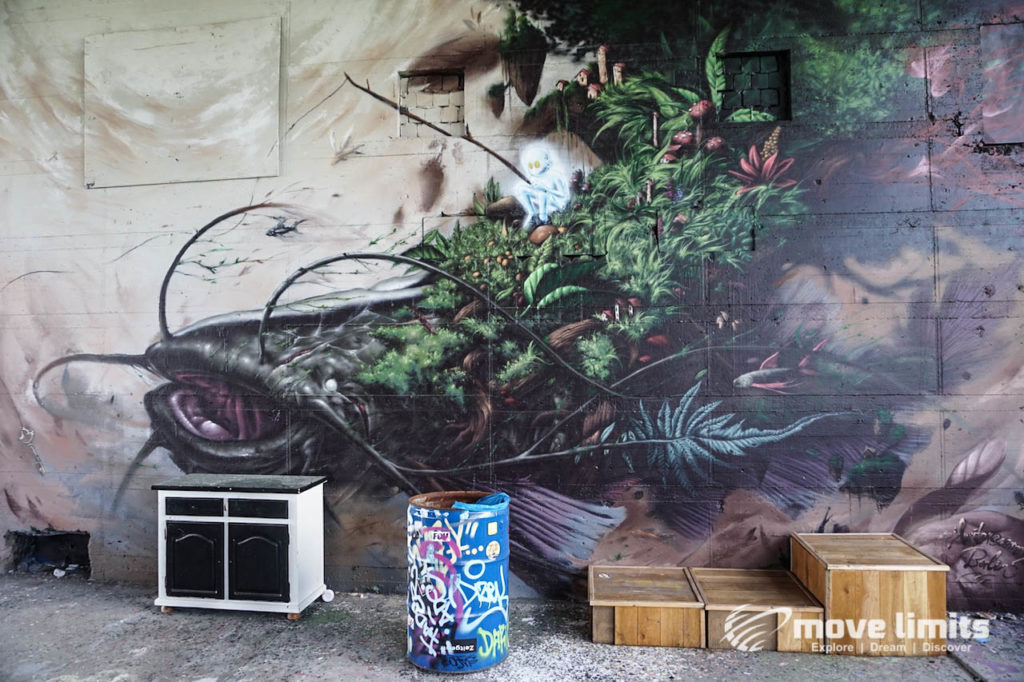 Abhörstation Teufelsberg Berlin - Kalter Krieg und Graffiti - movelimits.de - weisser Angler
