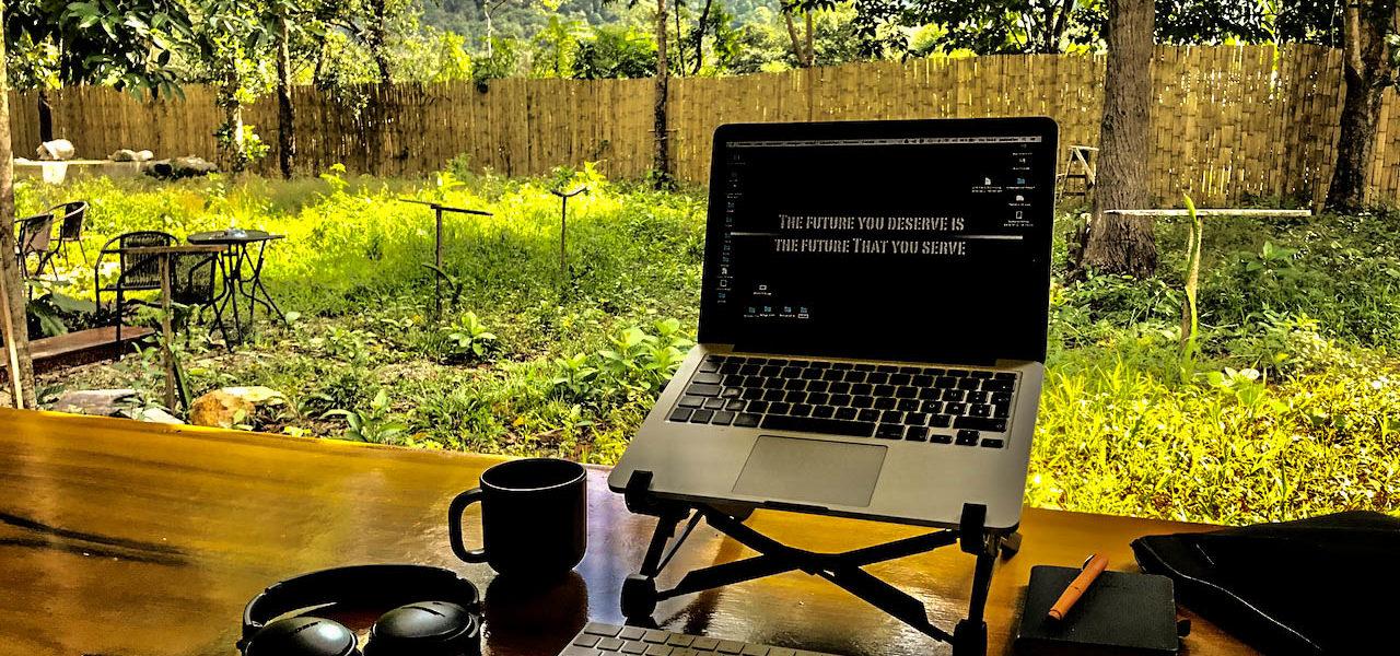 Arbeitsplatz - Remote arbeiten - Auf Koh Lanta bei den Digitalen Nomaden - movelimits.de